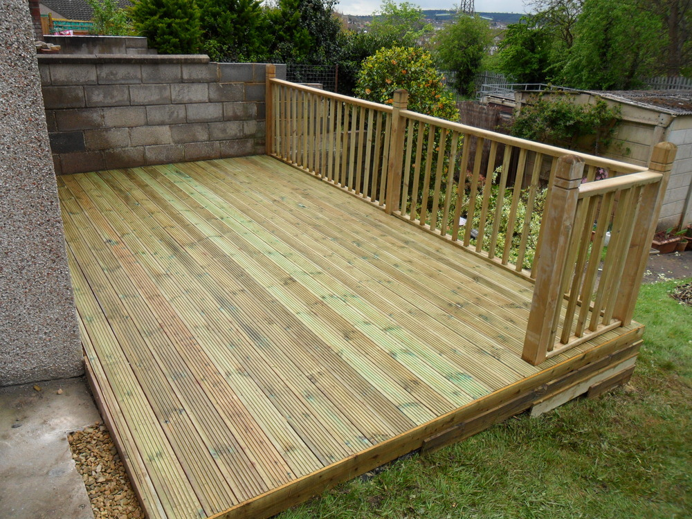 What type of tradesman should i use for Images of garden decking